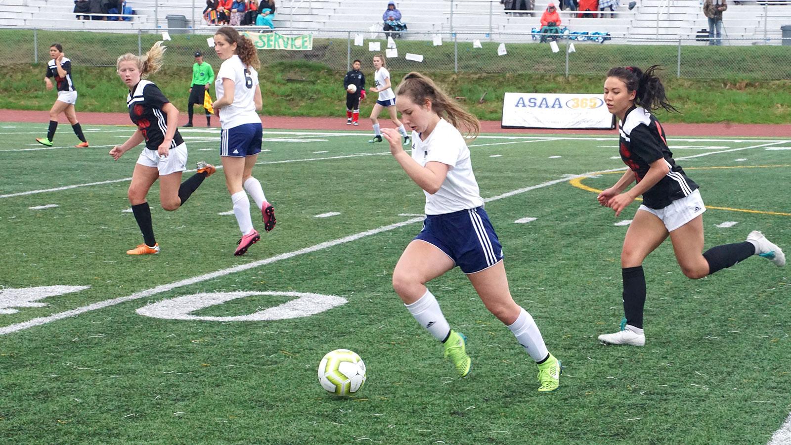 d2-girls-soccer-2